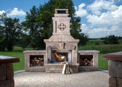 landscape-architecture-stone-fireplace-patio
