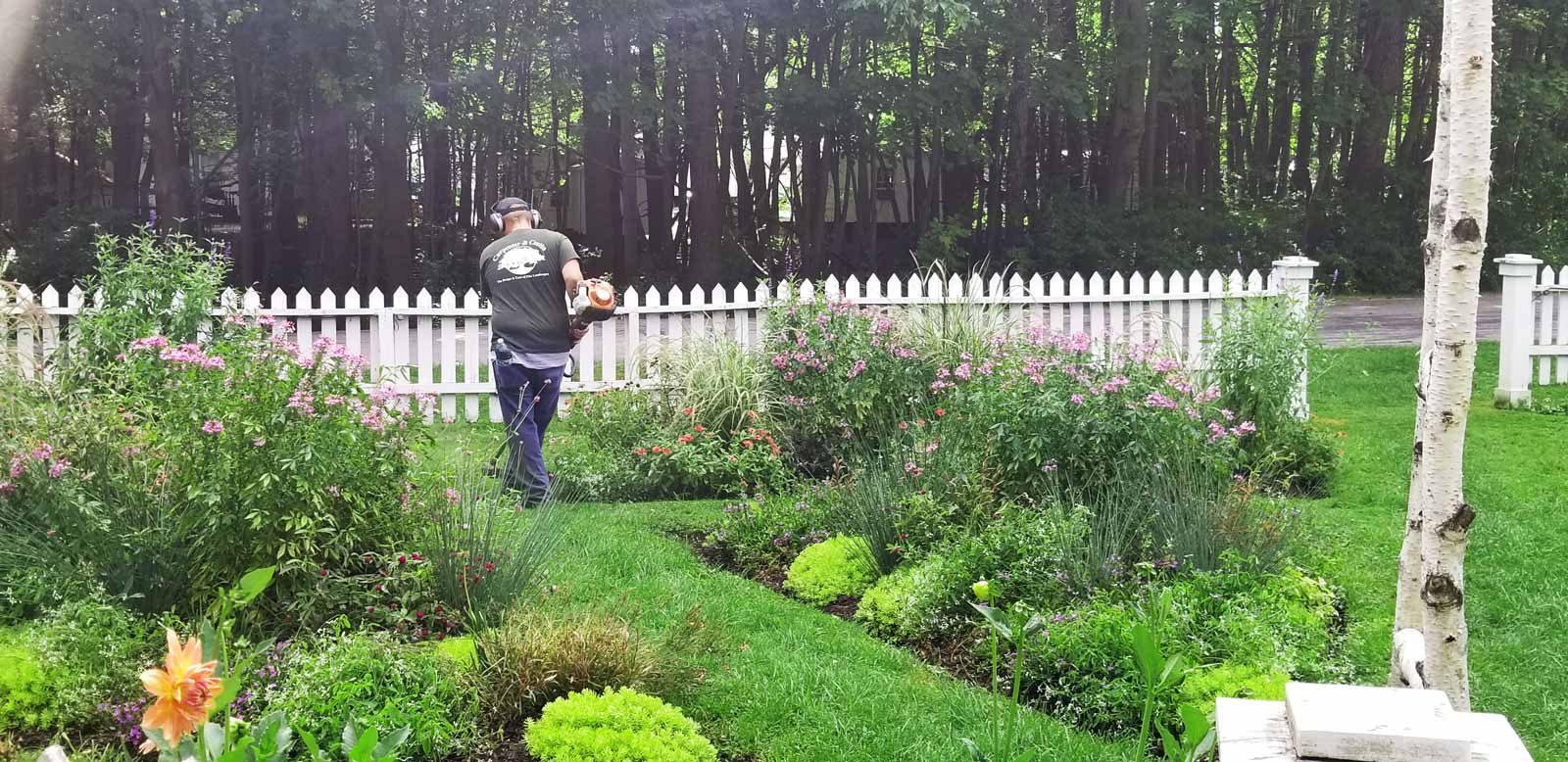 Man edging gardens