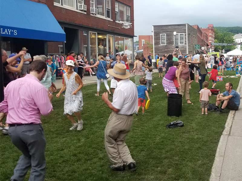 People dancing downtown Middlebury